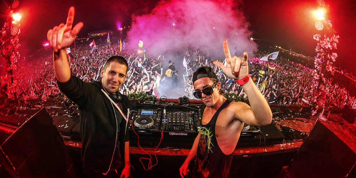 Tomorrowlandのホストも務めるEDMデュオ、Dimitri Vegas & Like Mike(ディミトリ・ベガス & ライク・マイク)!