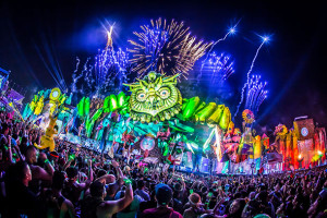音楽を楽しめる大人の遊園地、Electric Daisy Carnival(エレクトリック・デイジー・カーニバル)!