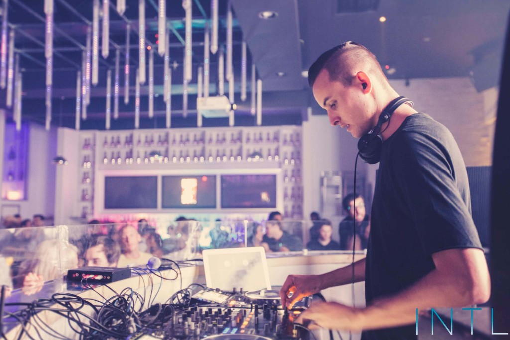 MAKJ @ INTL - Thursday, April 10, 2014