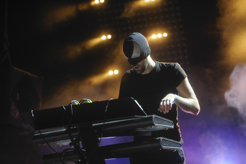 bloody_beetroots-electric_daisy_carnival_mexico_2014-5