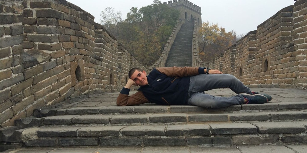 robin-leembruggen-verhuisde-naar-shanghai-om-chinese-dj-s-te-vinden_crop1000x500