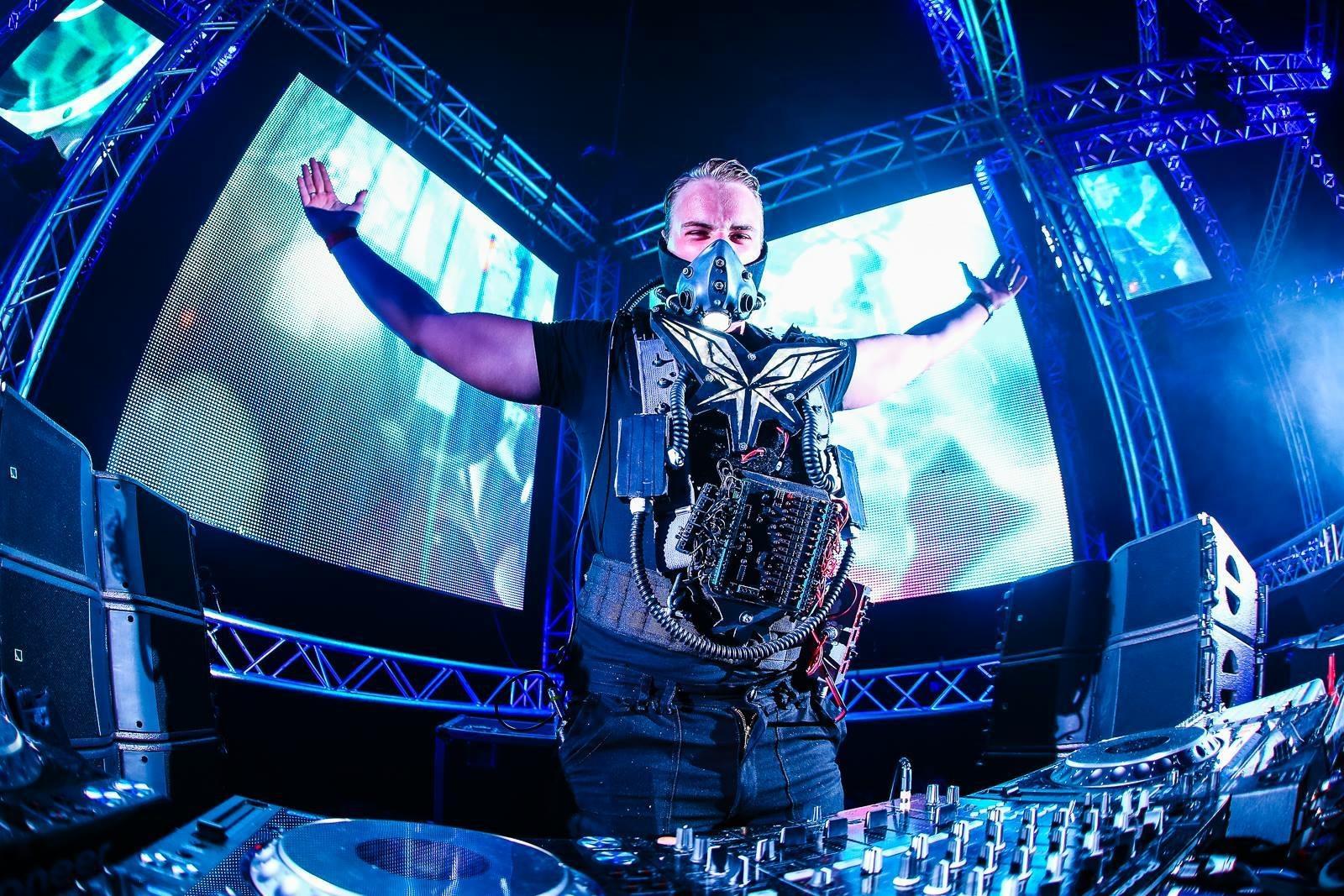 ハードスタイルシーンの若きスター、Radical Redemption(ラジカル・リデンプション)が「Joule Osaka」に出演決定!