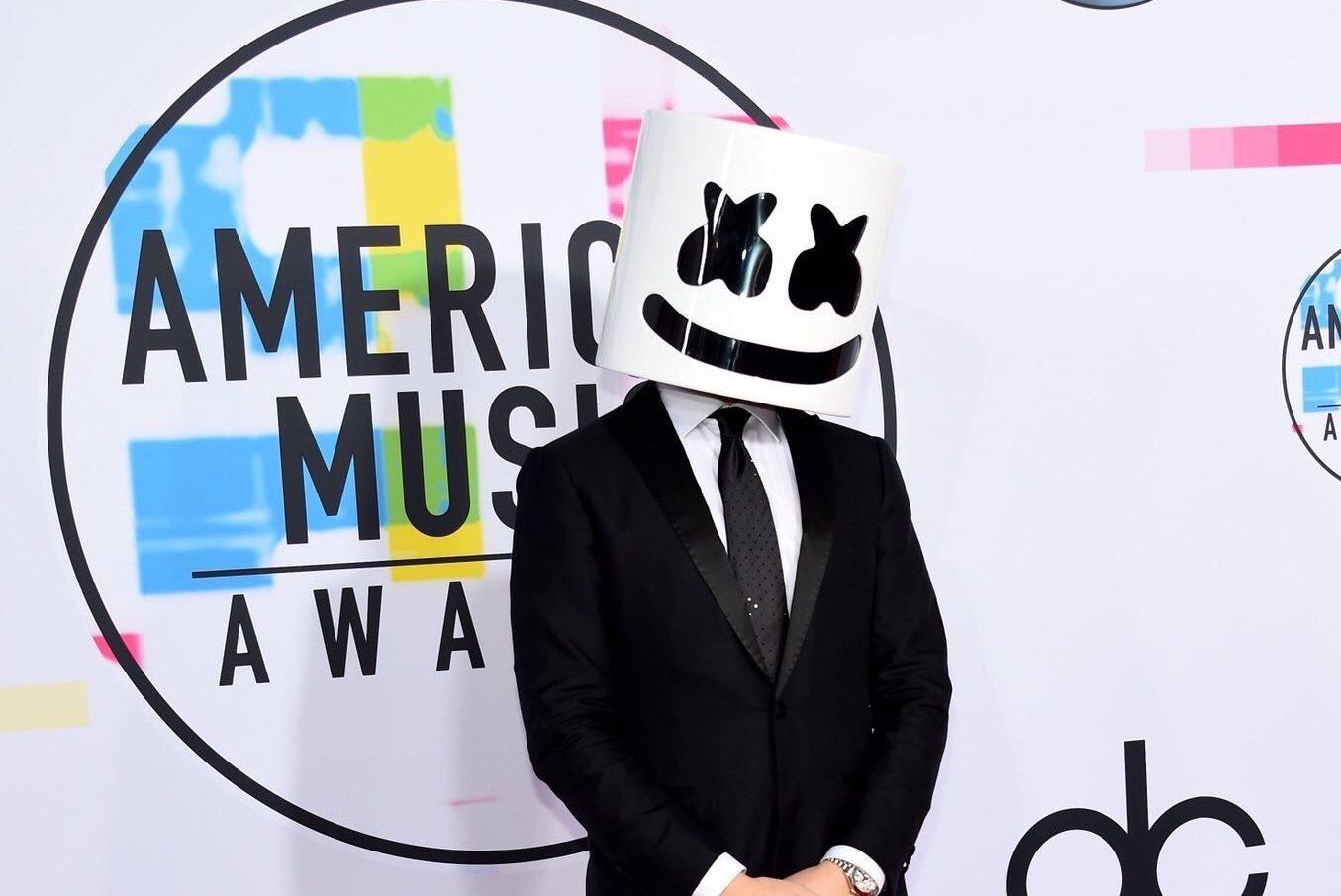 アメリカの3大音楽賞のひとつ「American Music Awards 2017」の受賞者/受賞作品が発表!!