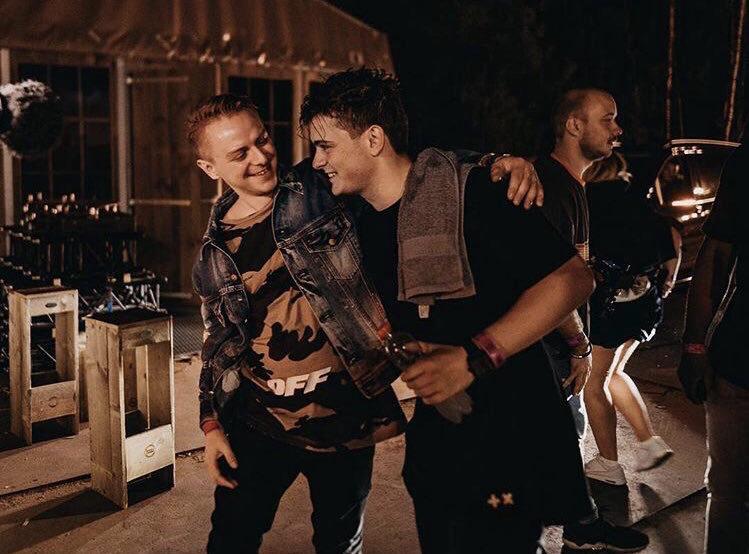 Martin GarrixやNicky Romeroのレーベルからリリースを重ねる期待の若きDJ、Blindersとは!