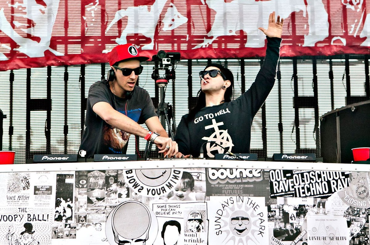 SkrillexとBoys Noizeによるプロジェクト「Dog Blood」が新作EPを6年ぶりにリリース!
