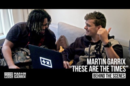 "Martin Garrixが最新曲""These Are The Times""のメイキング映像を公開!"