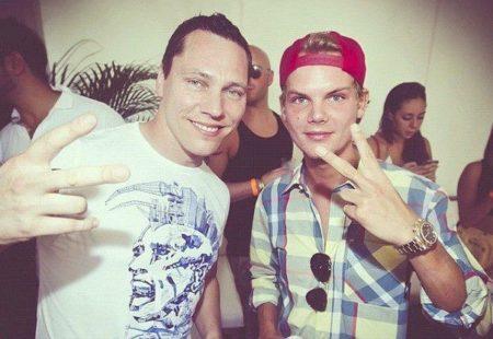 TiëstoがラジオショーでAviciiの3つのIDをプレイ!Aloe BlaccやSandro Cavazzaとのコラボ曲も!