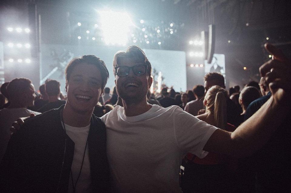 "KygoがAviciiの未発表曲""Forever Yours""を完成させ、Sandro Cavazzaとともに初披露!"