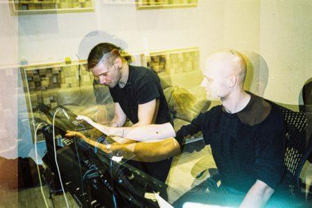 SkrillexとNoisiaが再びスタジオ入り!コラボ曲のリリースも間もなくか!?