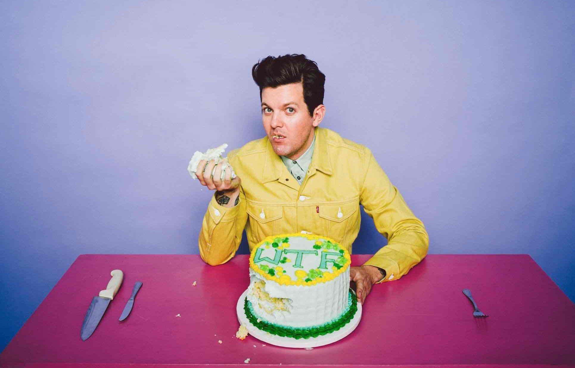 Dillon Francis、34歳の誕生日を記念してサード・アルバム『Happy Machine』をリリース!